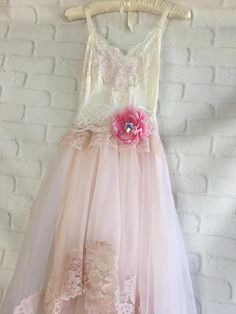 gasa encaje blanco suave y rosado pálido appliqued Vestido de