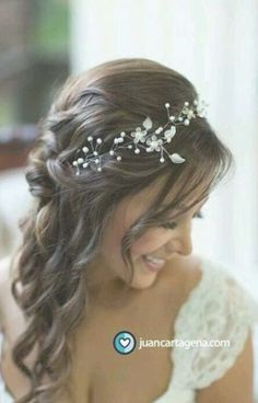 Trendy Wedding Hairstyles To The Side With Headband Simple - Wedding Hair Styles Loose Wedding Hair, Wedding Hair And Makeup, Wedding Updo, Updo With Headband, Headband Hairstyles, Bridesmaid Hair, Prom Hair, Wedding Hair Pictures, Wedding Stuff