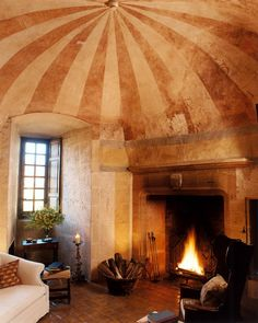 Now this is what I call a sitting room!  This is in Château de Bagnols in France
