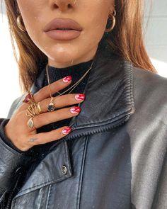 See more of avagscroggins's VSCO. Nagellack Design, Nagellack Trends, Funky Nail Art, Funky Nails, Colorful Nails, Minimalist Nails, Stylish Nails, Trendy Nails, Cute Acrylic Nails