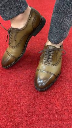 Collection: Fall – Winter Product: Laced Shoes Shoes sole: Rubber Shoes Material: Leather Available Size: Gift: Belt Mens Puma Shoes, Shoes Men, Men's Shoes, Men Boots, Chinos Men Outfit, Designer Suits For Men, Mens Boots Fashion, Formal Shoes, Casual Boots