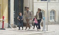 Mary og Frederik havde Christian og Isabella med i byen  The Crownprince with family