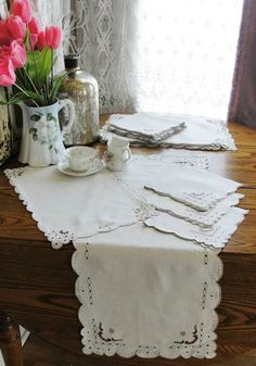 $175 FINE Vintage Madeira Cutwork Placemats Napkins Runner 25 pc for 12 www.vintageblessings.com