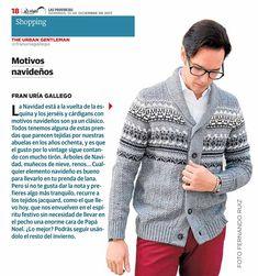 Los jerséis y cárdigans con motivos navideños son todo un clásico. Muñecos de nieve, renos... cualquier elemento es bueno para llevar en tu prenda de lana. Si no te gusta dar la nota, recurre a los tejidos jacquard, que nos envuelve en el espíritu festivo de manera más discreta. Además podrás seguir llevándolo a el resto del invierno.   #SantaGallego #moda #hombre #invierno #madeinspain #prensa Periódico: Las Provincias Foto: Fernando Ruiz