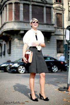 #elisanalin #milan #chic #skirt #jupe #shirt #chemise #women #fashion #women #style #look #outfit #streetfashion #streetstyle #street #women #mode #mfw #fashionweek #mbfw #femme #moda by #sophiemhabille