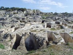 Cagliari necropoli di Tuvixeddu