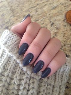 Dark grey stiletto nails for a rainy day.