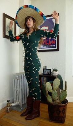 20 diy halloween costumes pinterest cacti diy. Black Bedroom Furniture Sets. Home Design Ideas