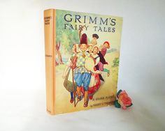 Grimm's Fairy Tales 1935 Edition / 16 Full Page Colour Plates by Harry Theaker / The Sunshine Series / In Very Good Condition by BumperBoxofDelights on Etsy
