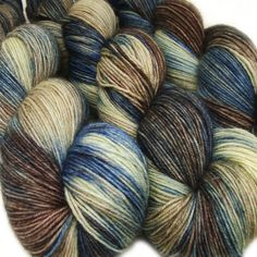 Phat Fiber basic sock yarn BLUEBERRY BALLET sw wool nylon 3.5oz 460 yards