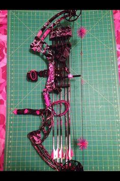 muddy girl pink camo bow