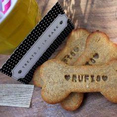 Treats a la Bark personalised organic dog biscuit $10