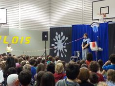 The K-4 French Immersion kids were treated to a great French magic show by Mystéric!