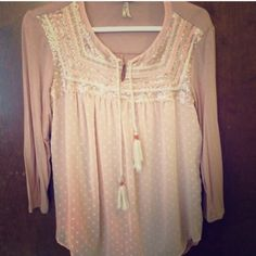 🍥Gimmicks by BKE Sequin Peasant Top Blush colored Gimmicks by BKE top with 3/4 knit sleeve and sequin detail. BKE Tops Blouses