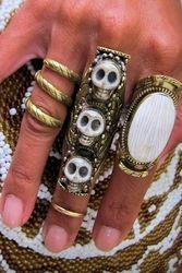Natalie B. Bliss 3 Happy Skulls saddle ring