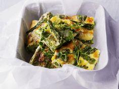 Grüne Spargel-Frittata ist ein Rezept mit frischen Zutaten aus der Kategorie Omelett. Probieren Sie dieses und weitere Rezepte von EAT SMARTER!