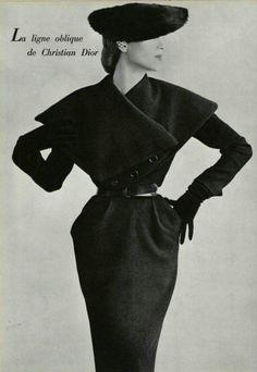 Christian Dior Oblique Line