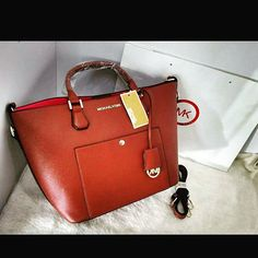 Michael Kors  100% high quality  Price Rs 3800 Free home delivery Cash on delivery For order contact us on 0336-2386938
