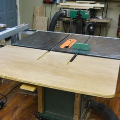 13 best tablesaw outfeed table images tools workbenches bricolage rh pinterest com