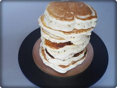 Erstaunliche Mandelpfannkuchen Amazing almond pancakes family technology, family travel, family funWhenever we visit my parents in Michigan, my mother loves to play with the kids. Almond Milk Pancakes, Dairy Free Pancakes, Pancakes And Waffles, Pancake Recipe Using Almond Milk, Fluffy Pancakes, Coconut Almond Milk, Coconut Milk Recipes, Almond Flour Recipes, Coconut Flakes