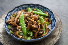 Sweet and Spicy Mushroom Stir Fry from Simply Recipes. http://punchfork.com/recipe/Sweet-and-Spicy-Mushroom-Stir-Fry-Simply-Recipes
