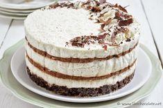 Just cake the Cupcake: Mjesec torti: Kokos čoko mousse torta bez pečenja Mousse, Cooking Tips, Cooking Recipes, Torte Recipe, Kolaci I Torte, Mouth Watering Food, Just Cakes, Tiramisu, Smoothies