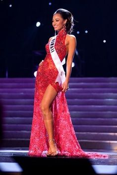 Nick Verreos: Nick Verreos goes through the Miss USA Evening Gowns!