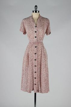 vintage 1940s dress . spade print rayon . by millstreetvintage