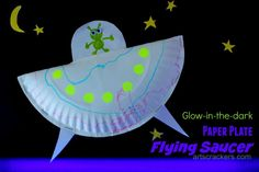 You may remember from my Paper Plate Love Bug post that I am working on some more paper plate crafts with my son. Well, this is my second (and favorite) paper plate craft--a Glow-in-the-Dark Paper Plate Flying Saucer! Space Preschool, Space Activities, Preschool Crafts, Activities For Kids, Preschool Writing, Paper Plate Crafts, Paper Plates, Outer Space Crafts For Kids, Alien Crafts