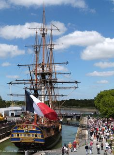 The Sailing of Hermione from La Rochelle 2015 : The Good Life France  Annapolis – 16th and 17th June • Baltimore, 19th to 21st June