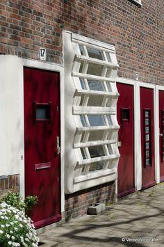 M. Staal-Kropholler, Holendrechtstraat/Amstelkade, Amsterdam 1921-1923