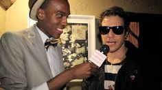 Interviewing Artist Gregory Siff at exhibition at Teddys in Hollywood. Link to interview below!