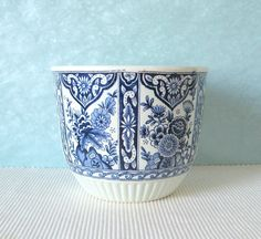 alte original delft figur vase schale delfter porzellan weiss blau holland delft pinterest. Black Bedroom Furniture Sets. Home Design Ideas
