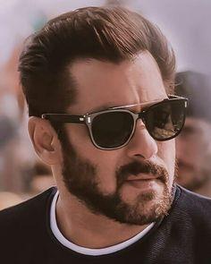 Salman Khan attitude pictures collection & handsome look - Life is Won for Flying (wonfy) Salman Khan Photo, Shahrukh Khan, Ranveer Singh, Salman Khan Quotes, Salman Khan Wallpapers, Katrina Kaif Photo, Bob, Hollywood, Cute Actors