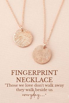 Pronovias Elegance for a Sophisticated Country House Celebration Thumbprint Necklace, Fingerprint Necklace, Jewelry Gifts, Handmade Jewelry, Memorial Jewelry, Stylish Jewelry, Gifts For Mum, Necklace Designs, Personalized Jewelry