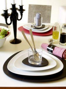 Set van 6 dinerborden/ platte borden Merk Alessi uit de serie Colombina Set van 6 borden FM10/1 Ontworpen door Doriana en Massimiliano Fuksas Zga nieuw Prijs € 156,-  ree_iems@hotmail.com