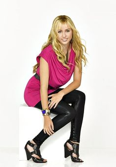 Photo of Hannah Montana Forever for fans of Hannah Montana 20344994 Hannah Montana Outfits, Hannah Montana Forever, Disney Channel Stars, Disney Stars, Miley Cyrus Photoshoot, Fashion Tv, Fashion Outfits, Miley Cyrus Pictures, Miley Stewart