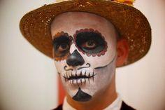 Un maquillage homme Halloween correspondant bien à l'esprit de la fête des morts