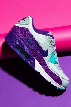 Nike Womens Air Max 90 Sneakers pop_132008_1.jpg