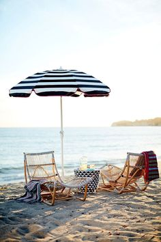 Sip, serve, or simply enjoy the outdoors under the shade of this fantastic drape umbrella, crafted with Sunbrella acrylic. Featuring an adjustable tilt and crank design, it's an essential part of any outdoor oasis. Outdoor Umbrella, Patio Umbrellas, Outdoor Lounge, Outdoor Spaces, Indoor Outdoor, Outdoor Ideas, South Shore Decorating, Anthropologie Home, Beach Accessories