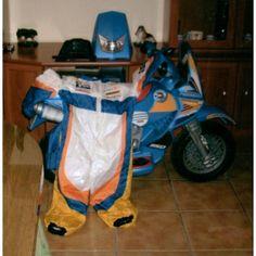http://www.mano-segunda.com/676-2176-thickbox/comprar-moto-feber-bateria-y-traje-a-juego-de-segunda-mano.jpg