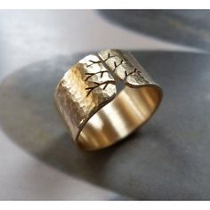 Autumn tree ring gold ring yellow gold hammered ring by Mirma Etsy Jewelry, Jewelry Stores, Jewelry Gifts, Handmade Jewelry, Gold Jewelry, Handmade Items, Jewelry Necklaces, Mother Rings, Anniversary Jewelry