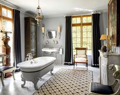 When @jeanlouisdeniot and his partner signed the deed to their retreat in Chantilly, there were nine guest bedrooms and one functioning… Home Decor Sites, The Deed, Top Interior Designers, French Country House, Guest Bedrooms, Elle Decor, Amazing Bathrooms, Interior And Exterior, Home Remodeling