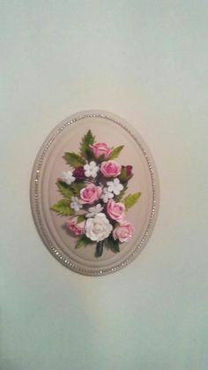 Nylon Flowers, Pasta Flexible, Clay Art, Diy And Crafts, Decorative Plates, Decorating Ideas, Craft, Craft Flowers, Streamer Flowers