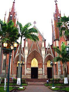 Iglesia Santa Bárbara de Rubio,  Edo Táchira, Venezuela