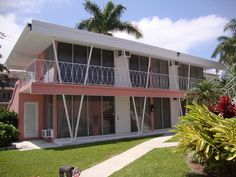 Mid-century apartments, Isle of Venice Dr., Fort Lauderdale, Florida. Photo by Lawnmeadow on Flicker.