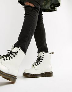 c1f2270a1b8 Dr Martens 1460 White Leather Flat Ankle Boots Dr Martens Outfit