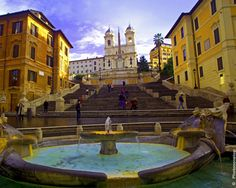 Rome, Italie (Italy) I've been here. Walked on these Spanish Steps. Oct 2013