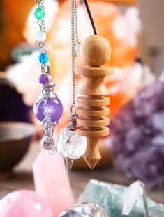 Маятник — беспристрастный советчик, который всегда с вами | | ГОРНИЦА Arrow Necklace, Magic, Jewelry, Jewlery, Jewerly, Schmuck, Jewels, Jewelery, Fine Jewelry