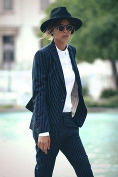 3d42f7c55df8 684 fantastiche immagini su Ladies Streetwear